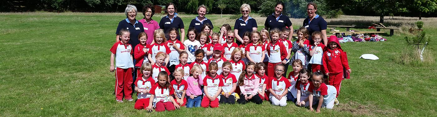 rainbows girlguiding hampshire east - descriptive image